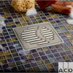 Пластиковий трап EasyFlow 100х100мм із нерж. решіткою, гориз. випуск DN 50